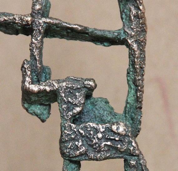 francisco-lopez-escultor-obra-hombre-escalera-1